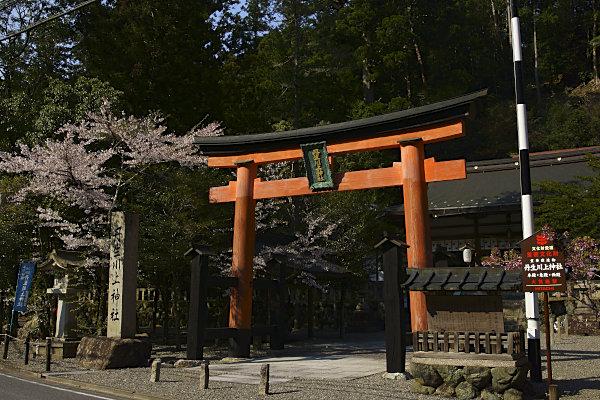 丹生川上神社中社 (19).jpg